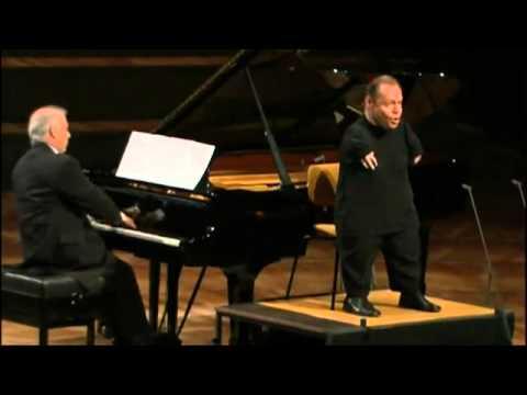 Thomas Quasthoff & Daniel Barenboim performs Gute Nacht of Schubert's Winterreise