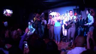 Video Anthony Santos en el  Tropical Club de Passaic, NJ -Nov 12, 2011 (HDQ) by NecioTV