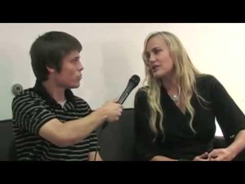 Actress Daryl Hannah Interview (Splash & Kill Bill)