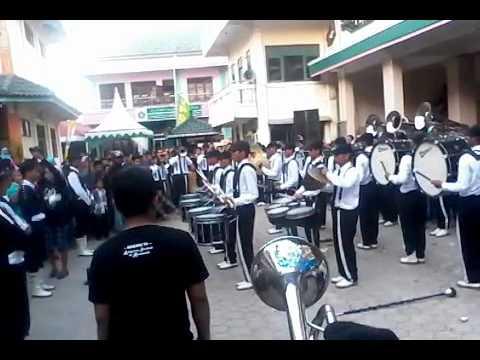 Marching band Matholi'ul falah the detective in mission kajen-hubbul wathon