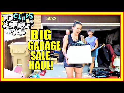 WE BOUGHT LOTS OF VINTAGE AND ANTIQUE ITEMS AT THIS GARAGE SALE!