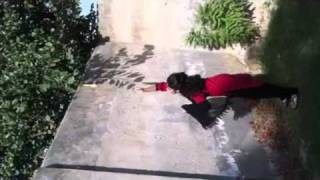 Download Video Hina, Hamna and Maryam trying to pluck a vegetable which is MP3 3GP MP4