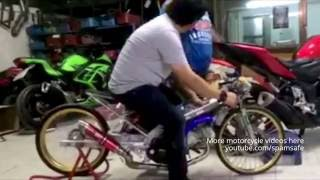 POLICE CONFISCATE RACiNG EXHAUST... now sounds like popcorn :-)