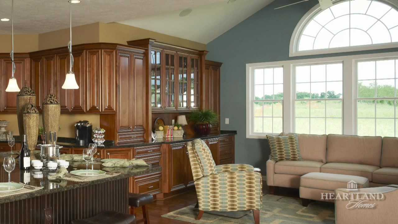 Paint colors for open concept living areas roselawnlutheran for Concept home builders