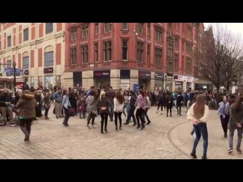 FlashMob in Manchester - Greek Zorbas / Zempekiko tis Evdokias(Official)