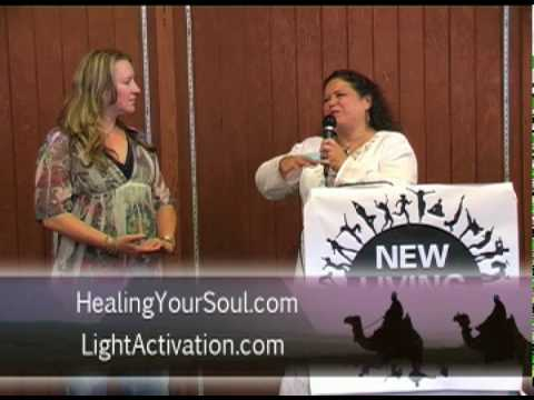 Light Activation Healing @ New Living Expo 2010 - ...