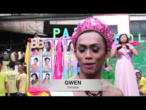 Inmates bring Christmas cheer to Philippine prison with beauty pageant