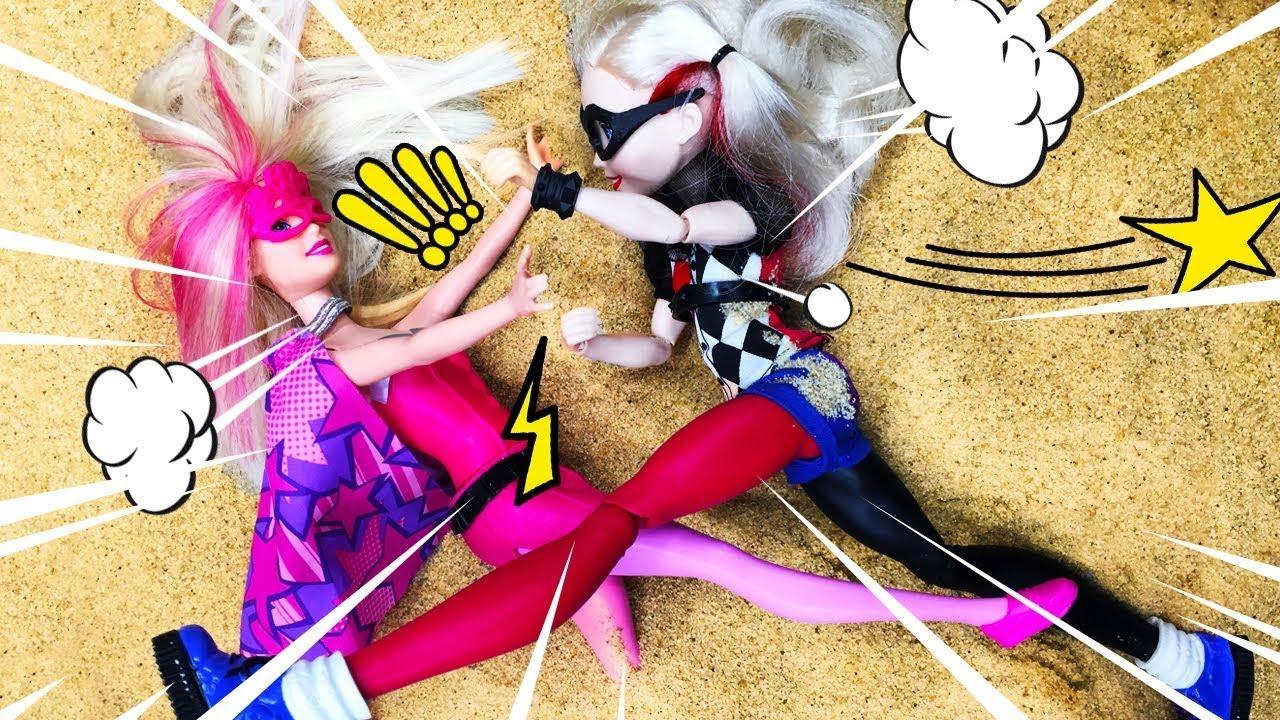Барби Супер Принцесса vs Харли Квин - Классные видео для девочек про куклы Барби