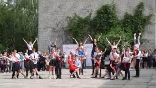 Незабываемый школьный вальс (видео