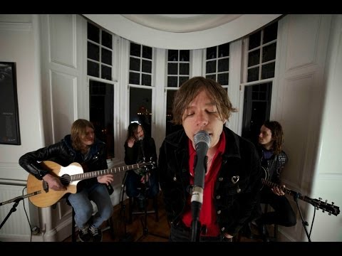 Cage The Elephant - Spiderhead & Take It Or Leave It - Tenement TV