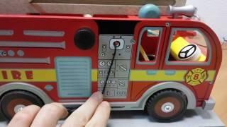 Пожарная машина с выдвижной лестницей и пожарным игровой набор от 3 лет LeToyVan TV427(Большая детская пожарная машина. В комплект входят: большая и яркая пожарная машина; длинная выдвижная..., 2017-01-30T21:01:50.000Z)