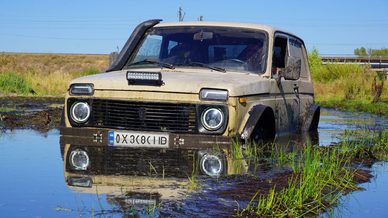 AWESOME NIVA in MUD [Extreme Offroad]