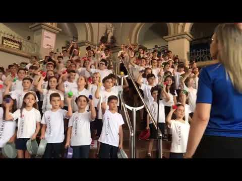 JT - Check Out This Kid Choir Singing Some Rock