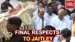Arun Jaitley's Body Arrives At Nigambodh Ghat; Leaders Pay Final Respects To Jaitley
