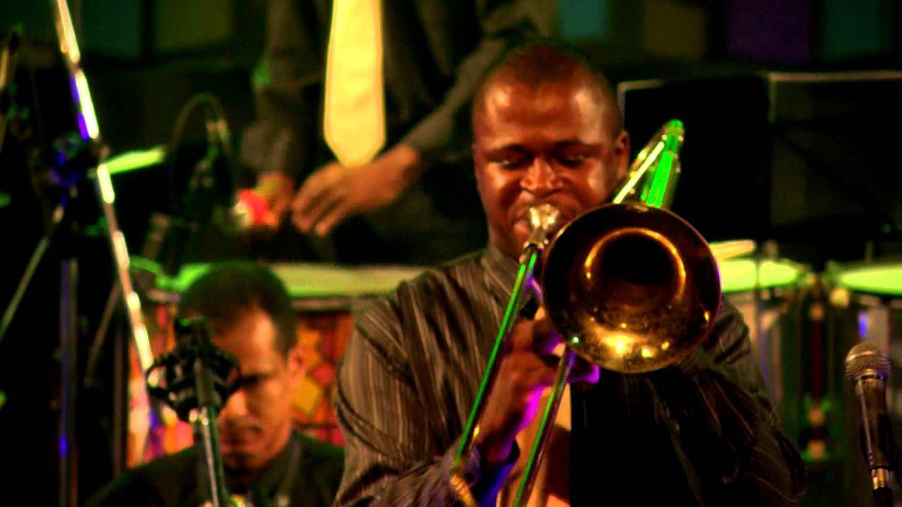Sanbone Pagode Orquestra - Conexão Vivo na Sala do Coro