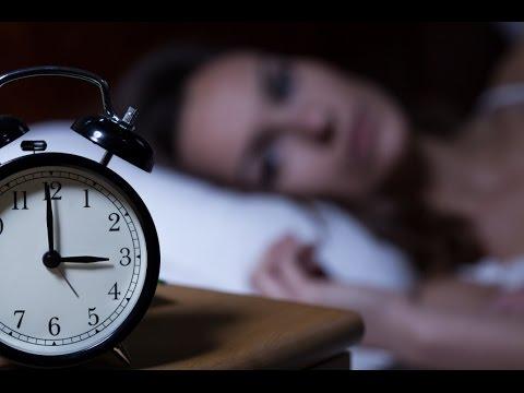 क्या आपको भी देर रात तक नींद नहीं आती ? तो जरूर देखें || Ayurveda Insomnia