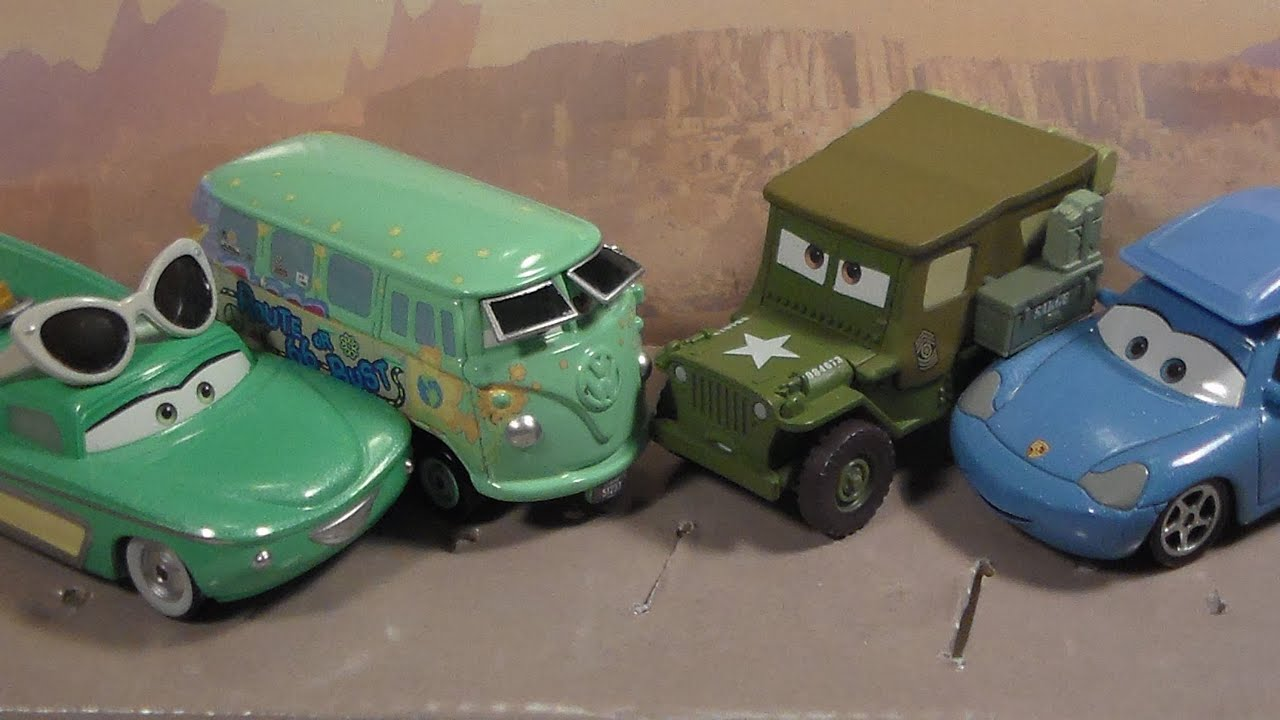 Disney Pixar Cars Road Trip Series Sarge /& Fillmore