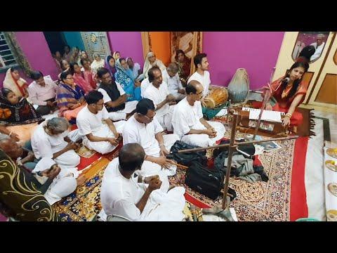 beauty-blogger-singing-in-satsang-at-her-village-home-|-krishna-roy-mallick