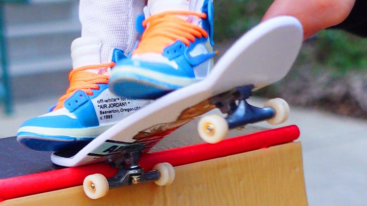 Finger Skateboard | Skatepark Flick Tricks |Tech Deck Finger shoes ...