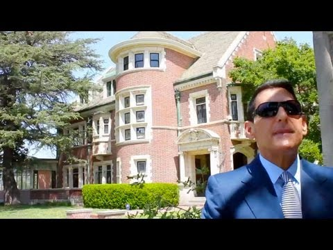 Tour The American Horror Story House - INspaces Video