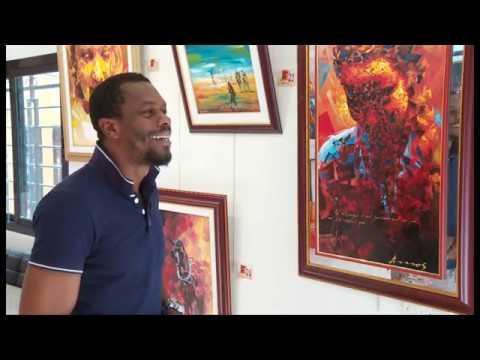 Culture: Un artiste peintre vivant en France ouvre une galerie à Abidjan