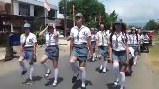 Video Pakai Rok Mini Ala Pelajar SMA, Aksi Baris Berbaris Kelompok Ini Curi Perhatian Warga download MP3, 3GP, MP4, WEBM, AVI, FLV Mei 2018