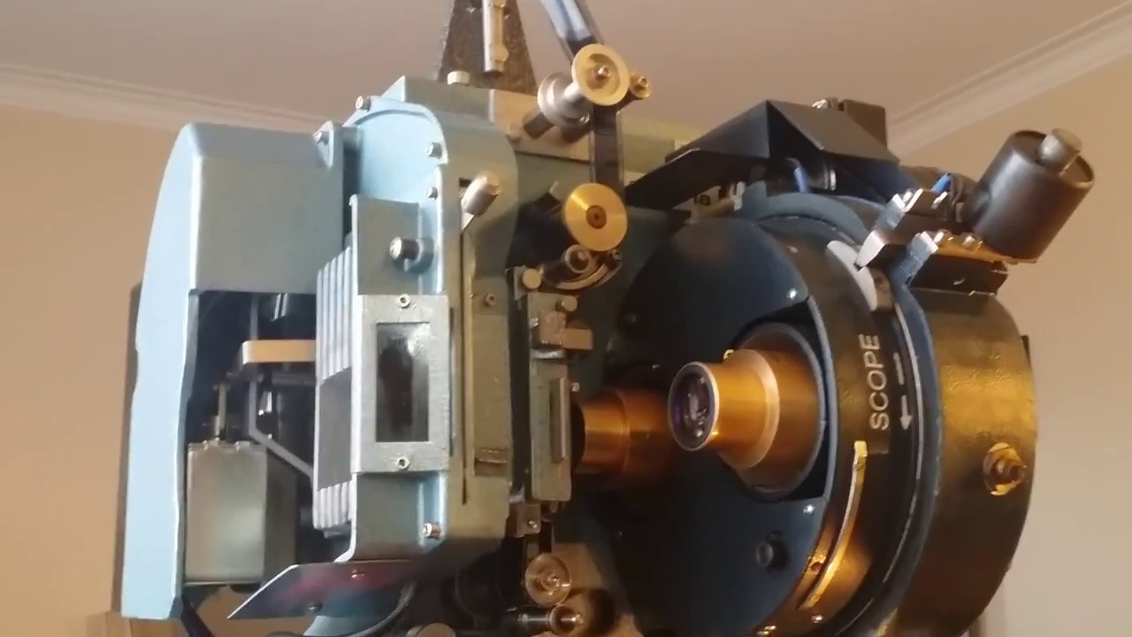 Setting up a 35mm film projector to run at home - part 3