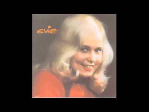 Evie - Praise The Lord, He Never Changes