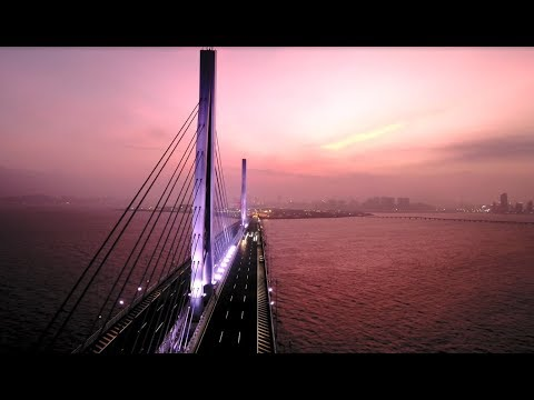 Stunning! Baidu self-driving cars pass through world's longest sea bridge