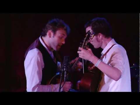 Chris Thile & Michael Daves: Forked Deer / Big Sciota