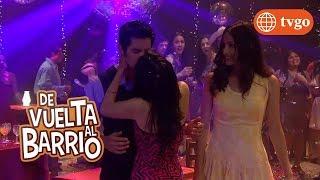 ¡Estela no puede más y besa a Beto frente a Eva! - De Vuelta al Barrio 13/12/2018