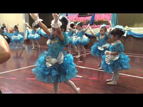 โฟกัส เต้นเพลงเรารักแม่ ในกิจกรรมวันแม่ ปี 58 @ ร.ร. ศุภลักษณ์