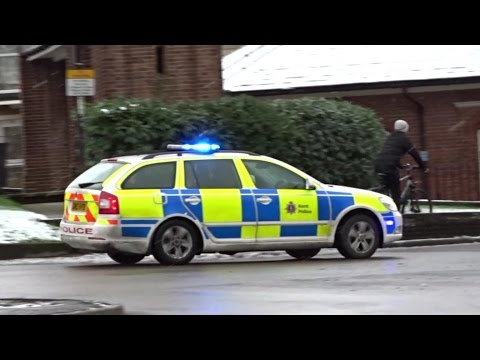 Emergency Vehicles, Action and Snow! - Snow Storm Hits The UK