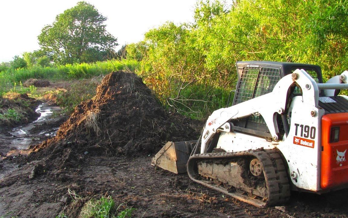 Bobcat T190 Time Lapse Landscaping