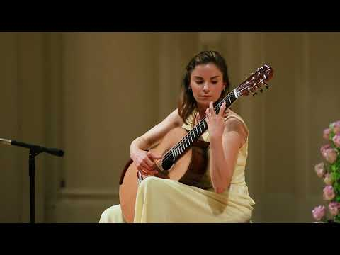 Ana Vidovic plays Recuerdos de la Alhambra by Francisco Tárrega
