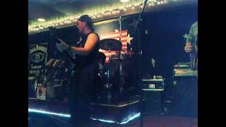 Gambar cover Sandro Eristavi - bass. Blues Jam at Chaser's lounge 9/26/16 - 1