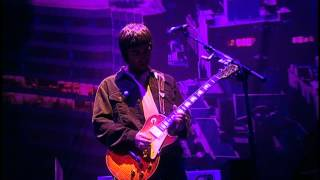 Oasis - Live Forever (live in Wembley 2000)