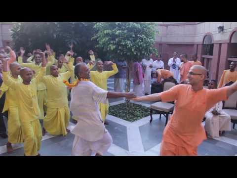 ISKCON-Delhi Devotees Dancing