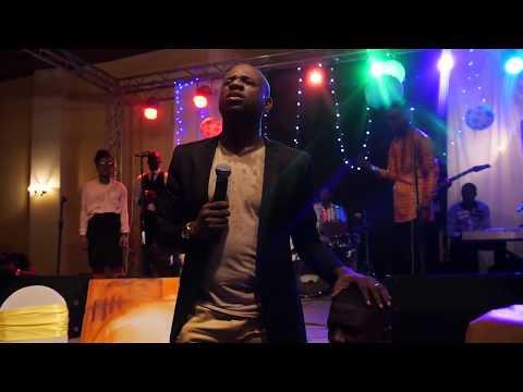 Na Mikabi By Pasteur Athoms Mbuma feat. Jonathan Munghongwa