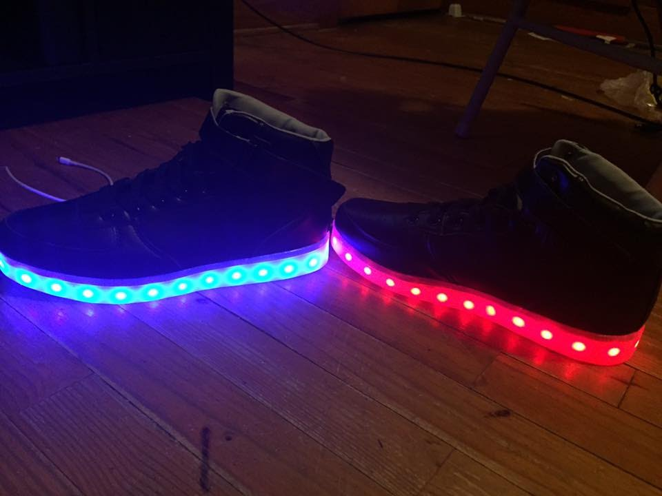 Glow shoes unboxing - YouTube 0f443d2b4c73