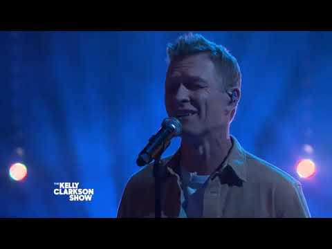 Craig Morgan Brings Blake Shelton, Kelly Clarkson And Eva Mendes To Tears With Emotional Performance