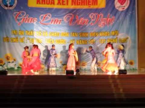 XN4A đại học kỹ thuật y tế hải dương.múa đẹp:EM ĐI XEM HỘI TRĂNG RẰM