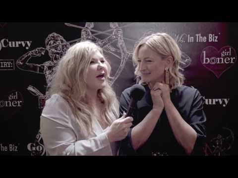 Sherry Meredith interviews Zoe Bell at the 2017 Artemis Red Carpet