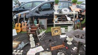 Eiland van Maurik Kofferbakmarkt met Happy dog Toscana