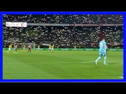 Feyenoord rotterdam: fans singen für toten sohn von brad jones