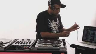 How to Use Serato | DJ Lessons