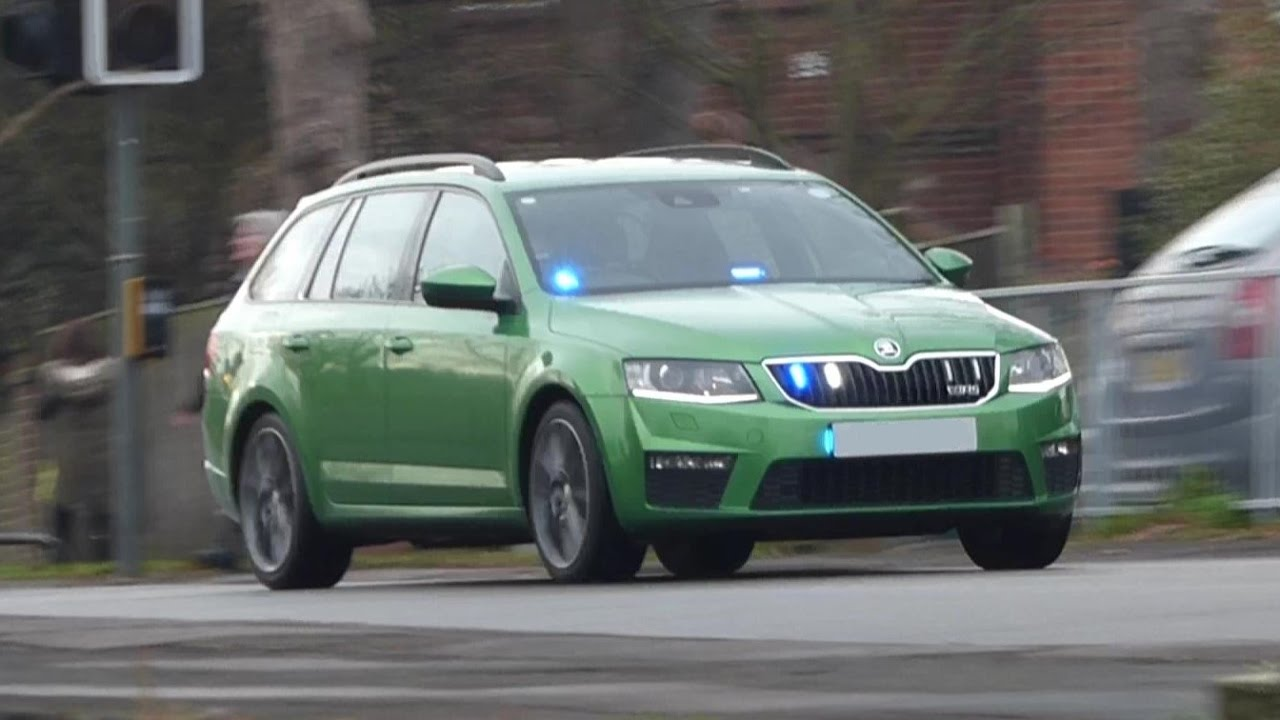 Green Unmarked Police Car Responding Kent Police Dtu