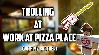 Travail à la traîne dans une pizzeria (ROBLOX) JOUEURS DE GUITARE PROFESSIONNELS