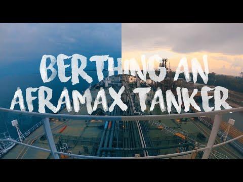 TANKER SHIP   BERTHING AN AFRAMAX TANKER INDONESIA PORT