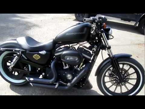 Harley Iron 883 Bobber White Walls